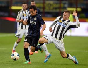 FC+Internazionale+Milano+v+Udinese+Calcio+Apr9SpbO1h1l