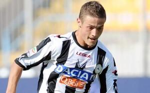 Gabriel-Torje-en-un-partido-de-Udinese