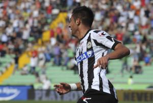 Mauricio+Isla+Udinese+Calcio+v+ACF+Fiorentina+K0L54F3_LXJl