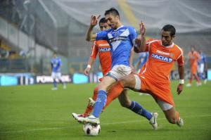 Mehdi+Benatia+Brescia+Calcio+v+Udinese+Calcio+ZLEPYWocwDYl